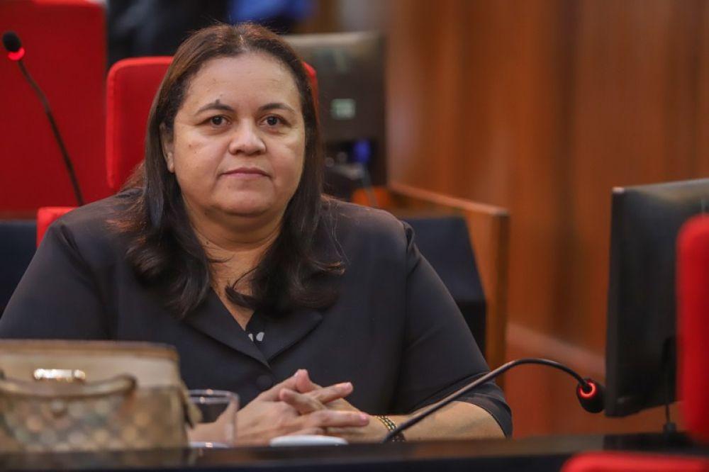 Mãe da deputada estadual Elisângela Moura morre vítima de Covid-19