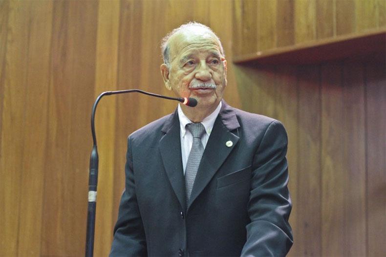 Ex-deputado Juraci Leite morre aos 88 anos por Covid-19
