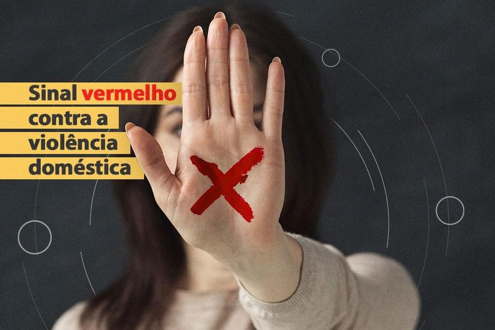 Campanha sinaliza violência contra as mulheres a partir de um X vermelho na mão