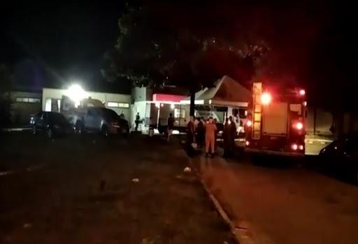 Curto-circuito provoca princípio de incêndio em hospital em Parnaíba