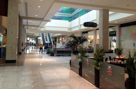 Shoppings reabrem no dia 3 de agosto, afirma secretário estadual de planejamento