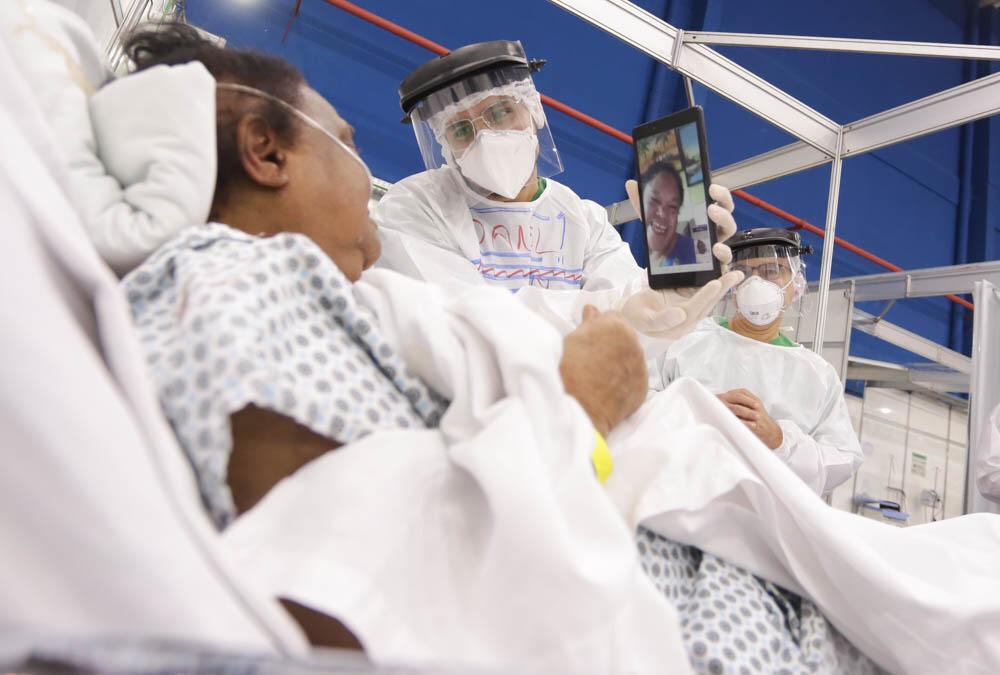 Hospital de Campanha realiza ações para humanizar tratamento de pacientes com Covid-19