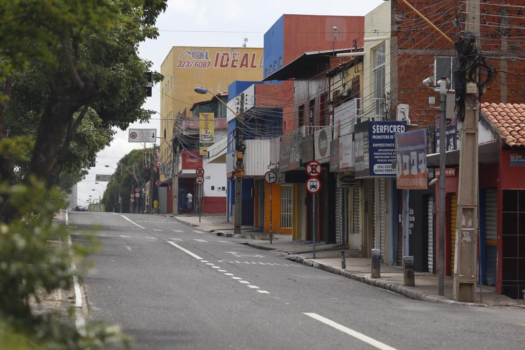 Neste fim de semana, lockdown parcial fica a critério dos municípios