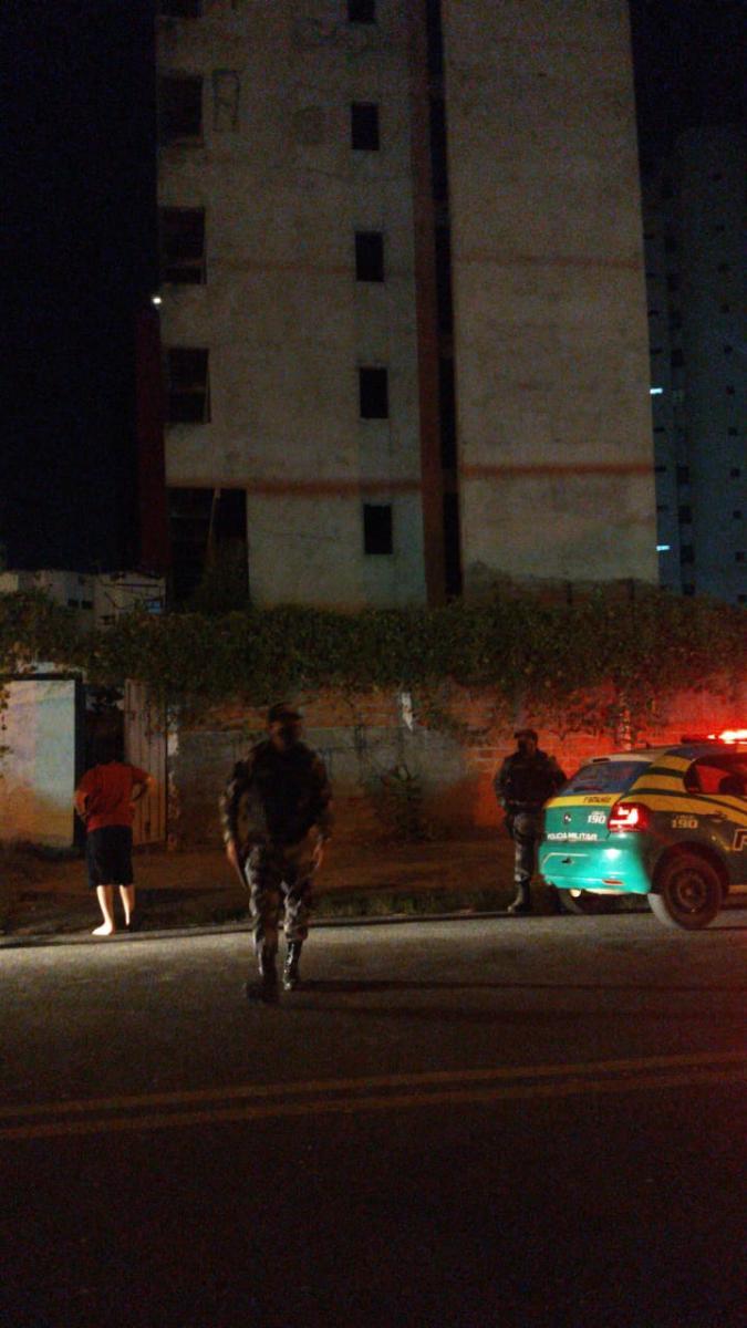 Jovem morre ao cair do décimo andar de edifício abandonado no bairro Jockey