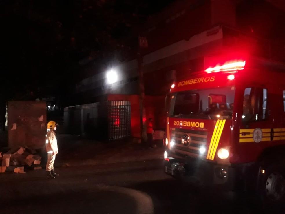 Shopping da Cidade fica fechado por tempo indeterminado; lojas foram destruídas em incêndio
