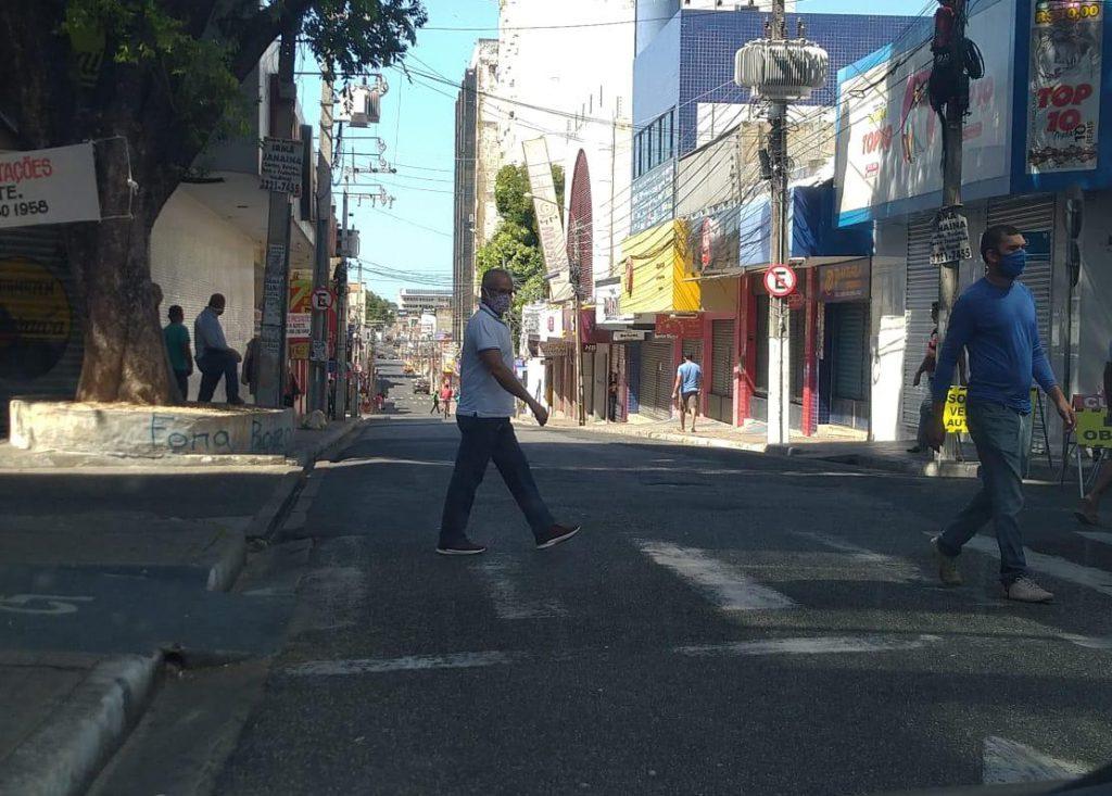 Piauí mantém taxa de transmissão estável mesmo com reabertura do comércio