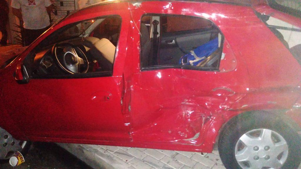 Jornalista morre em acidente envolvendo dois veículos na zona Leste