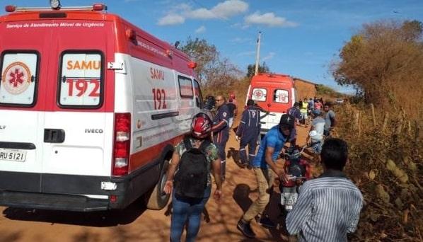 Uma pessoa morre e três ficam feridas em colisão entre motos