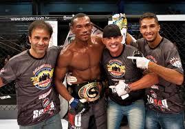 Lutador piauiense é coroado campeão da noite no Shooto Brasil 82