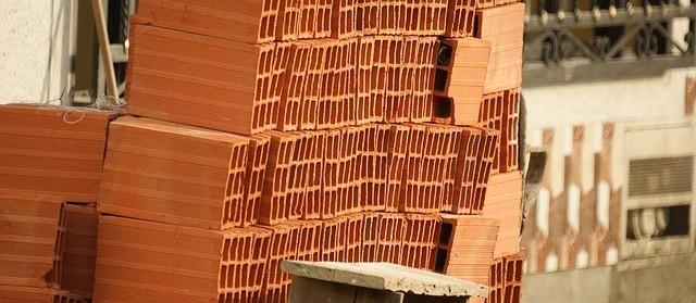 MP apura aumento nos preços de materiais de construção em Teresina