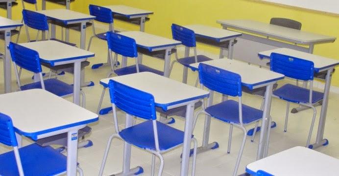 COE estuda proposta do governo para retomadas das aulas do 3º ano