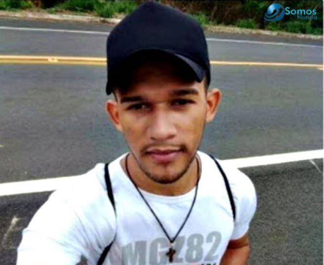 Homem morre atropelado enquanto fazia caminhada na BR-343