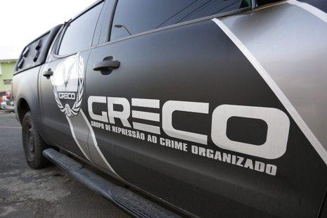Polícia prende grupo suspeito de usar documentos falsos para vender carros alugados