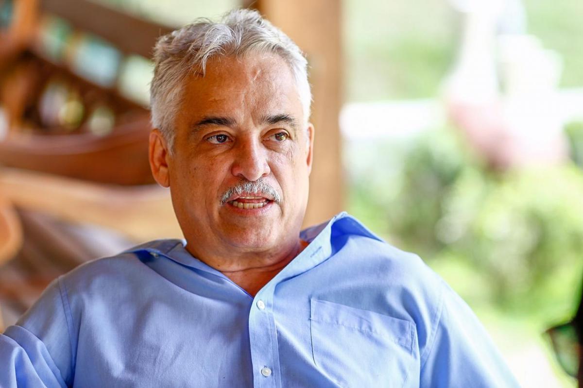 Ex-deputado Robert Rios é internado com 50% do pulmão comprometido por Covid