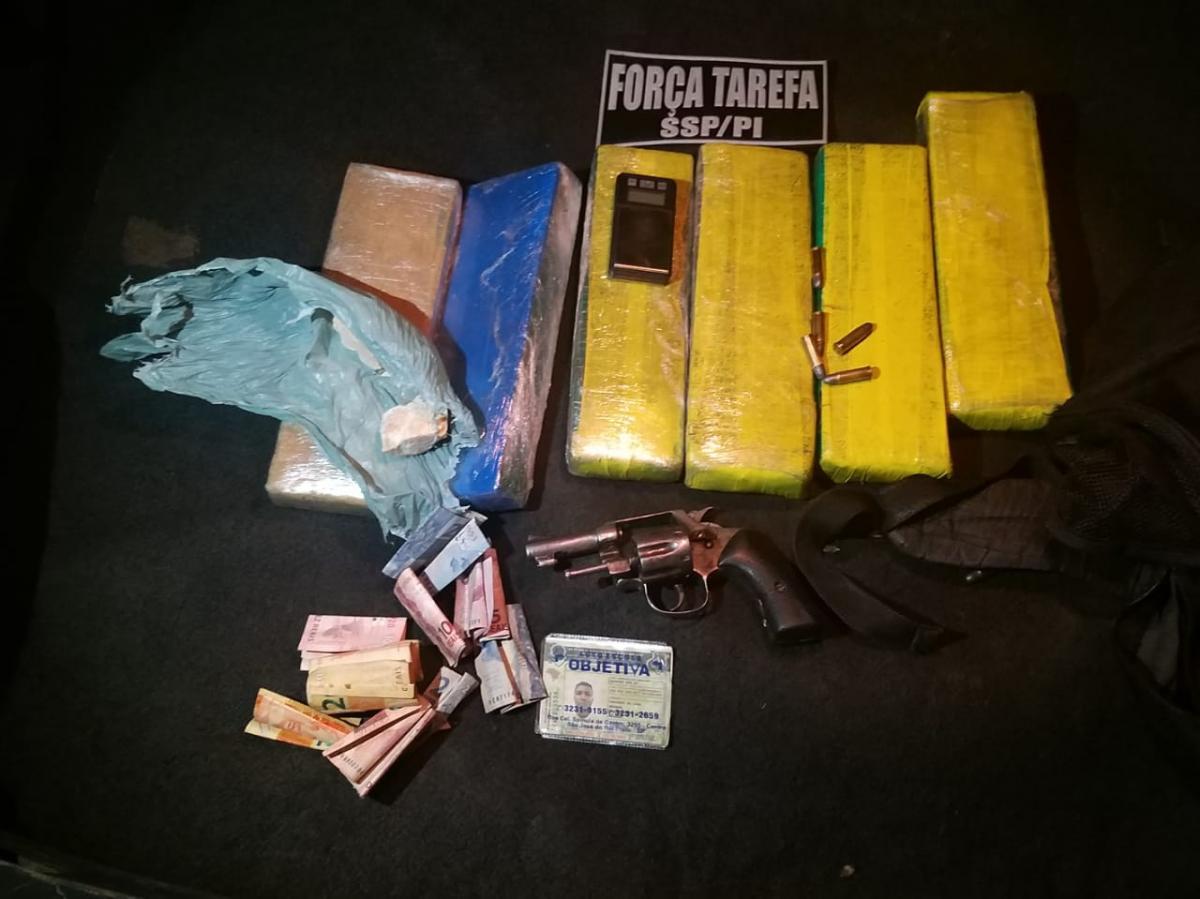 Polícia prende homem com tabletes de maconha na zona Sul