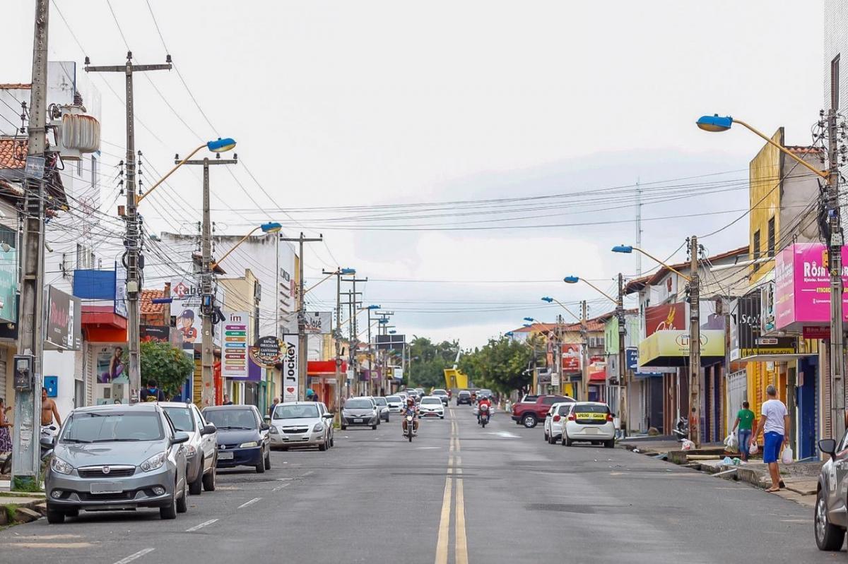 Prefeitura flexibiliza funcionamento de estabelecimentos no próximo domingo