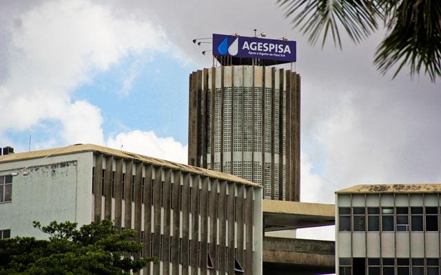 Agespisa paga quase três vezes mais a telefonistas, segundo colunista do O Globo