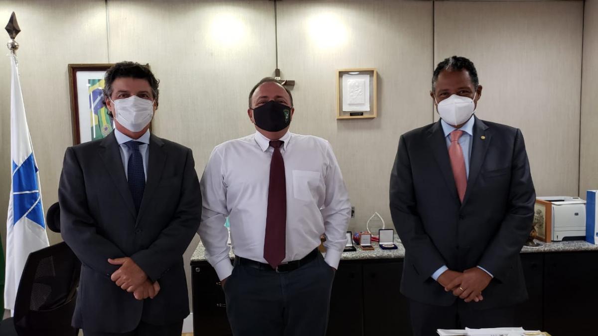 Presidente da CMB, Mirócles Veras tem reunião com o ministro da Saúde