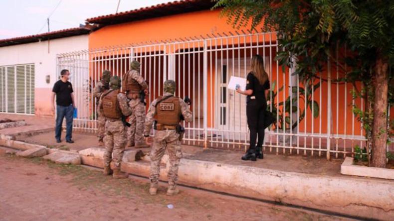 Operação do Gaeco cumpre mandados em investigação contra desvio de recursos públicos