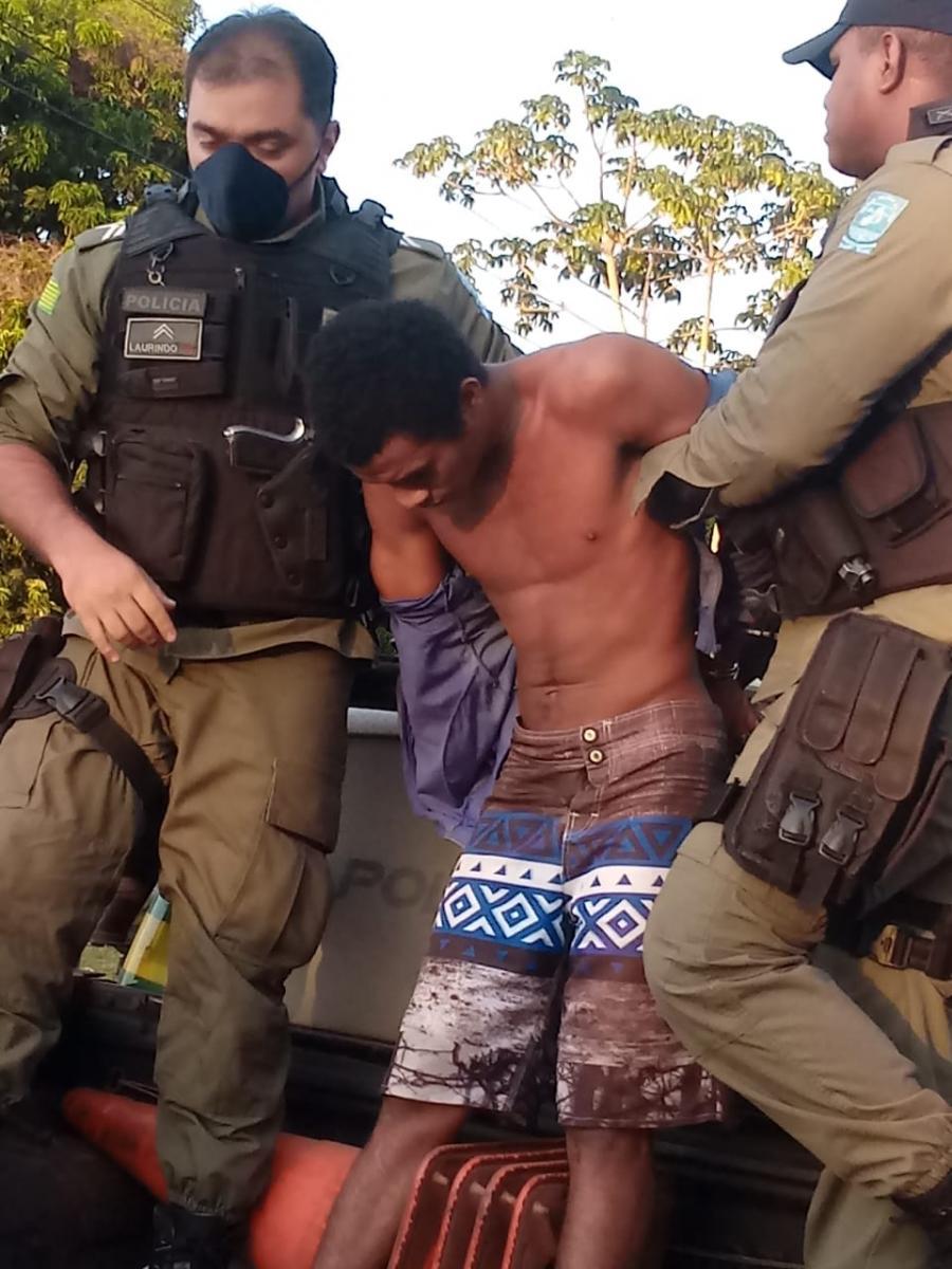 Polícia prende homem suspeito de estuprar a avó e a irmã em Barras