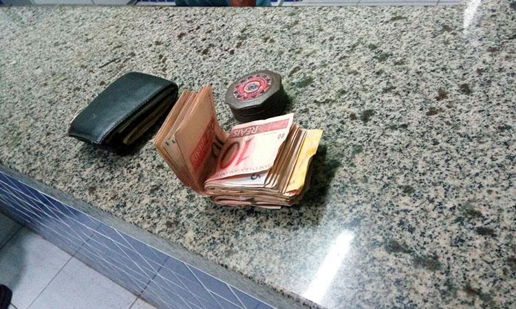 Quadrilha é presa em Parnaíba repassando dinheiro falso