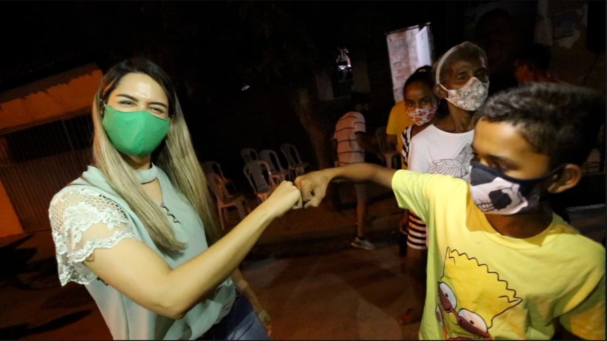 """""""Vou zerar as filas na saúde pública municipal"""", diz a candidata Gessy Fonseca"""
