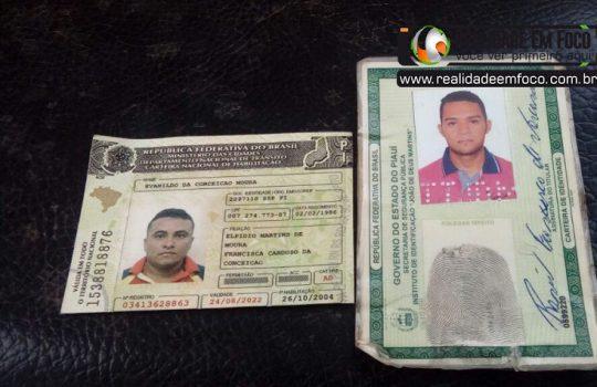 Suspeitos de furtar animais fogem ao serem escoltados pela PM do Piauí no próprio carro