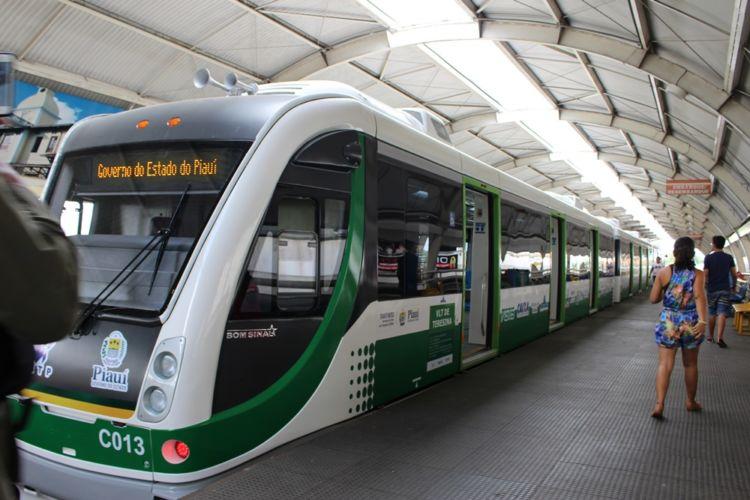 Após oito meses, metrô de Teresina volta a funcionar nesta quarta-feira (25)