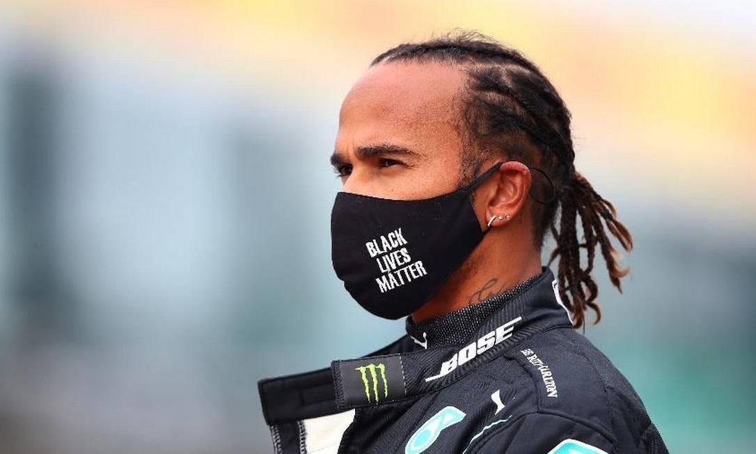 Lewis Hamilton testa positivo para Covid-19 e está fora do GP de Sahkir