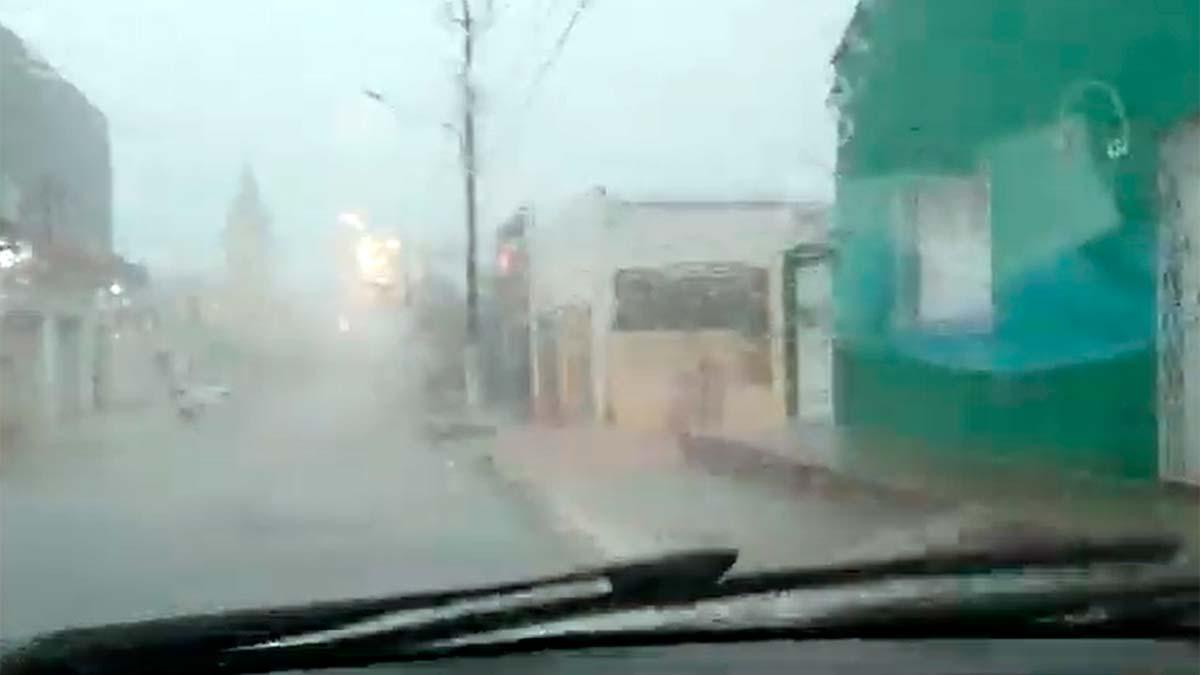 Cidade de Luzilândia registra chuva de granizo