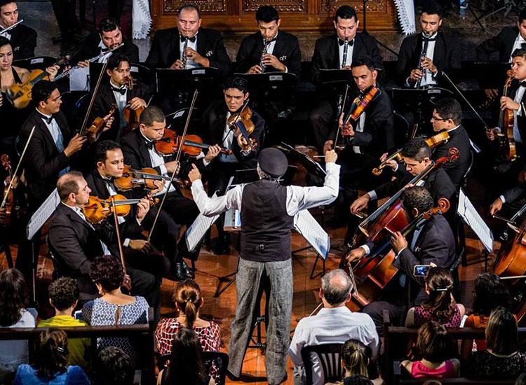 Orquestra Sinfônica inicia concerto natalino nesta quarta em Teresina