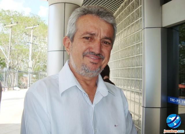 Prefeito eleito de Campo Maior tem os direitos políticos suspensos