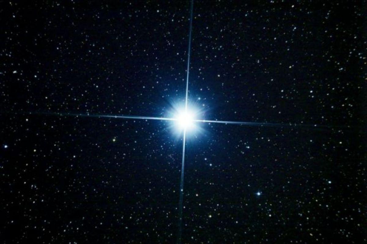 Após 800 anos, 'Estrela de Natal' poderá ser vista nesta segunda (21)