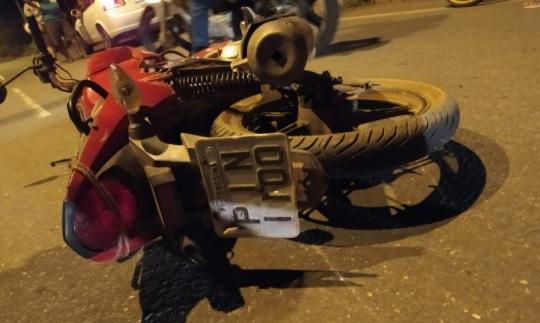 Jovem morre após colidir contra poste na zona leste de Teresina