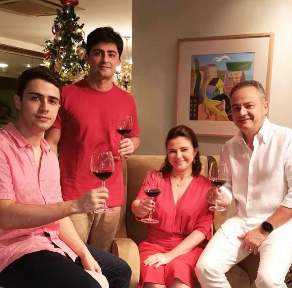 Natal é tempo de Amor – Famílias celebram o nascimento de Jesus Cristo