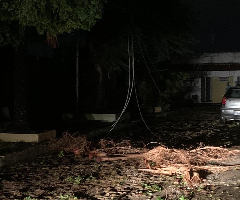 Bairros de Teresina estão sem energia há mais de 36 horas