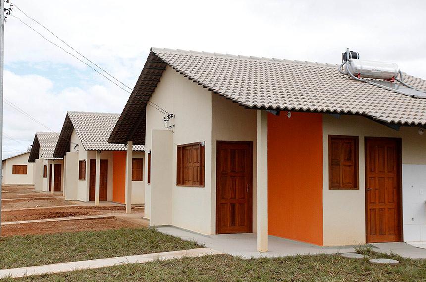 Presidente Jair Bolsonaro sanciona lei que institui o programa Casa Verde e Amarela