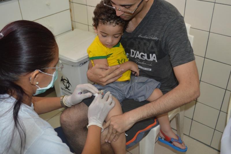 Grande procura faz postos de Teresina ficarem sem estoque no Dia D de Vacinação