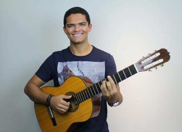 Conheça Onofre Neto, um dos novos destaques das noites teresinenses